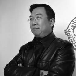 Cheng-yu Lu: Chief Designer of IZ wares