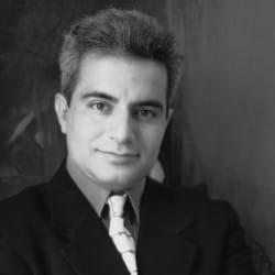 Houmayoun Mahmoudi: Artist from Tehran