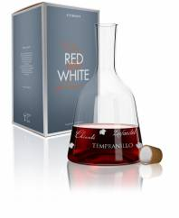 Red & White wine carafe by Alice Wilson